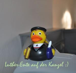 Luther-Ente auf der Kanzel der evangelischen Kirche zu Ruppichteroth ;)