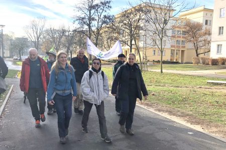Ernüchternd: Klimapilger erreichen Eisenhüttenstadt
