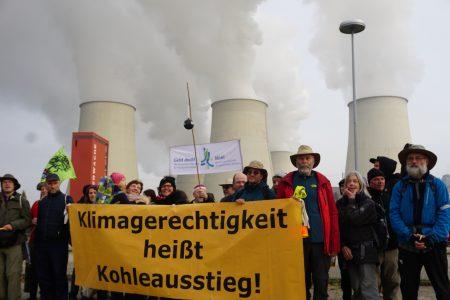 Klimagerechtigkeit heißt Kohleausstieg: Ankunft in Jänschwalde