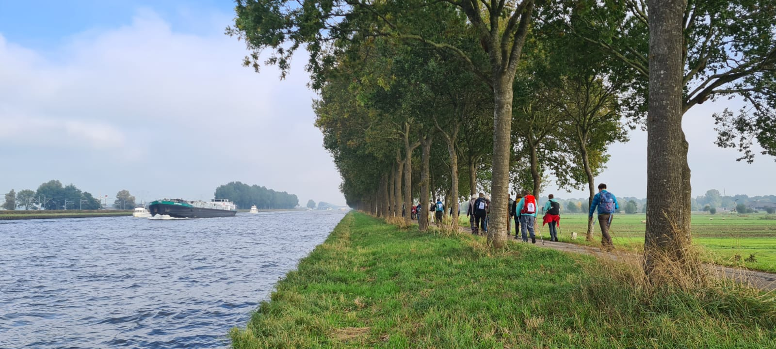 Read more about the article Pressemitteilung: Klimamarsch in Amsterdam